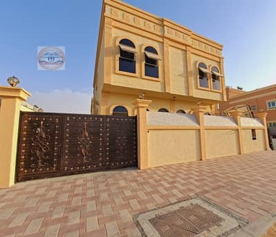 5 Bedroom Villa for Sale in Al Helio, Ajman - Villa with classic design - very special personal finishing - large area with easy banking facilities.