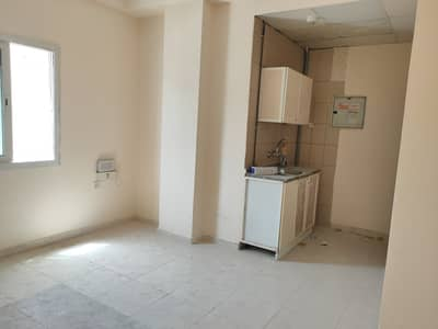 BEST DEAL STUDIO FLAT ONLY FOR 8K AREA SQFT 380 CENTRAL A/C AT PRIME LOCATION