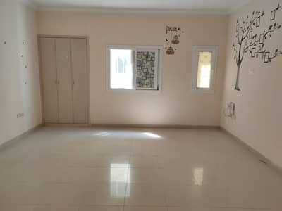 15DAYS FREE AMERICAN STYLE BIGGER STUDIO ONLY FOR 14K ON ROAD FAMILY BUILDING CLOSE TO AL MADINA SHOPPING CENTER