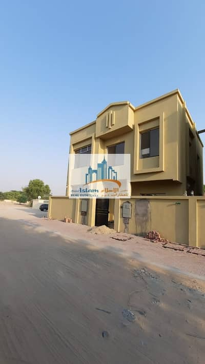 BRAND NEW VILLA 4 BEDROOMS 2 HALL BEAUTIFUL IN HAMIDIYA