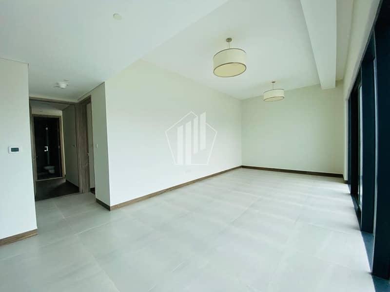 2 Unfurnished 1 bedroom Apartment / Huge Balcony