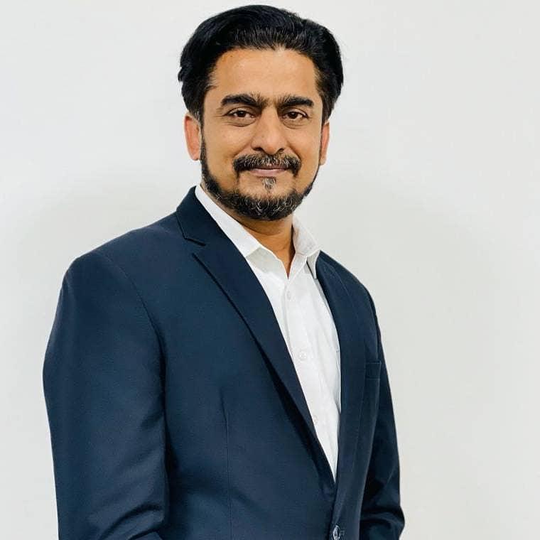 Ahmad Arshad  Waqar