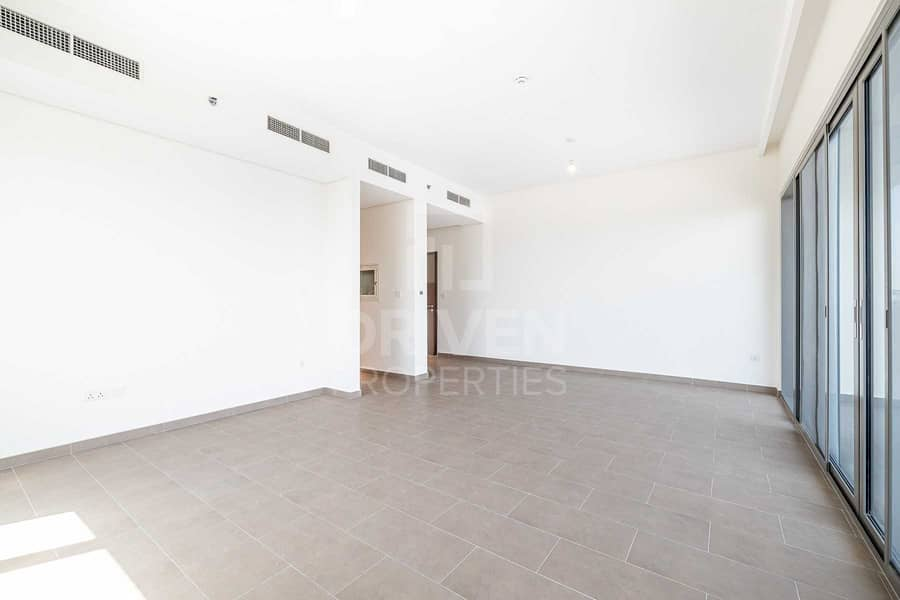 2 Exclusive   Brand New   Ready to move in