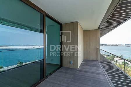 1 Bedroom Apartment for Sale in Jumeirah, Dubai - Elegant & Huge Apartment | Full Sea View