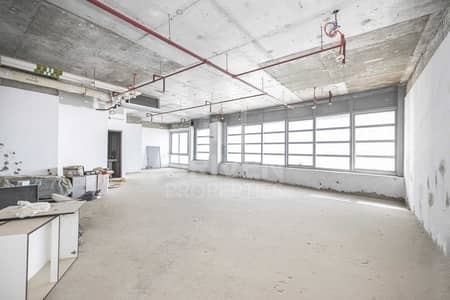 Office for Sale in Business Bay, Dubai - Shell & Core Office | Excellent Location