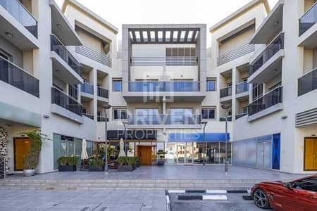 Shop for Rent in Umm Al Sheif, Dubai - Semi-fitted   Multiple Options Available