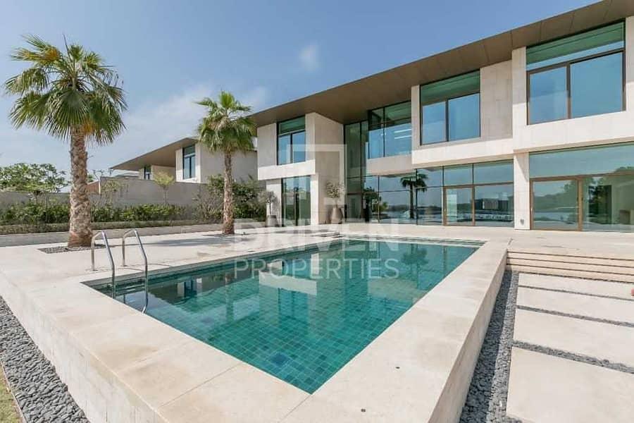 Best Price | Luxurious Mansion in Bulgari