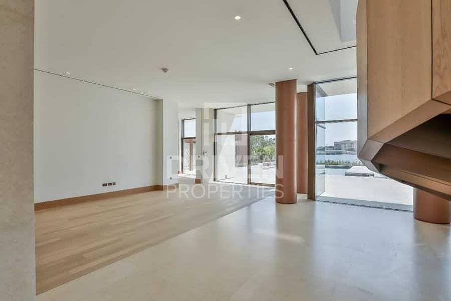 2 Best Price | Luxurious Mansion in Bulgari