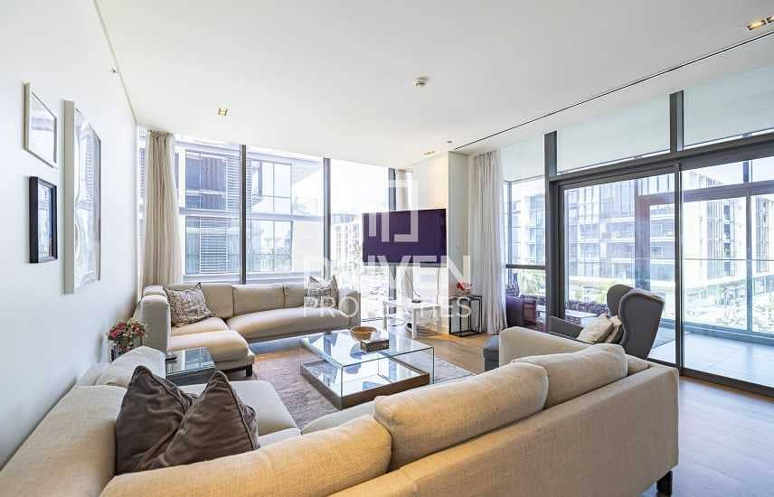 Fully Furnished Apt with Boulevard Views