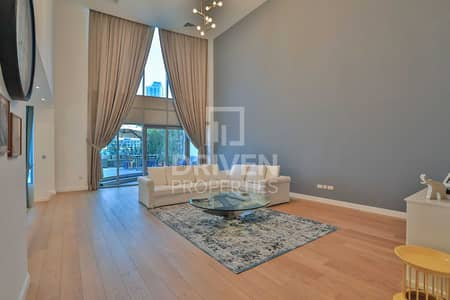 4 Bedroom Villa for Sale in Dubai Marina, Dubai - Upgraded Villa with a Lake and Pool View