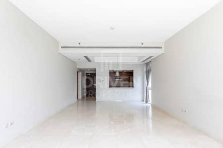 شقة 1 غرفة نوم للبيع في الخليج التجاري، دبي - well kept 1br| big terrace