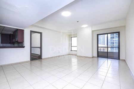شقة 1 غرفة نوم للبيع في جميرا بيتش ريزيدنس، دبي - Huge Size Apt | 2 Balconies | Marina View