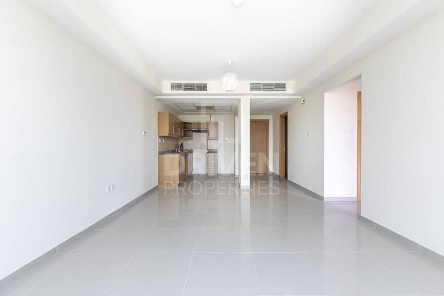 Fully Upgraded and Huge Apartment in JVC