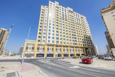 Shop for Rent in Al Jaddaf, Dubai - Road Facing | Near to Metro and 2 Hotels