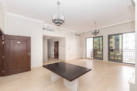 شقة في عزيزي لياتريس الفرجان 2 غرف 1070000 درهم - 4963876