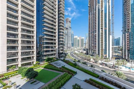 2 Bedroom Flat for Sale in Downtown Dubai, Dubai - Huge Layout Apartment with Amazing Views