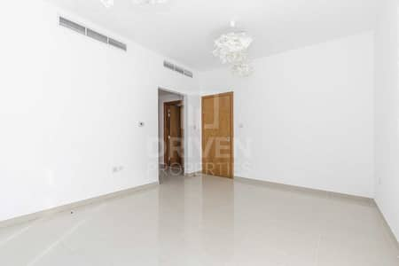 4 Bedroom Townhouse for Rent in Jumeirah Village Circle (JVC), Dubai - Huge 4bed plus Maid's   Ready to move in