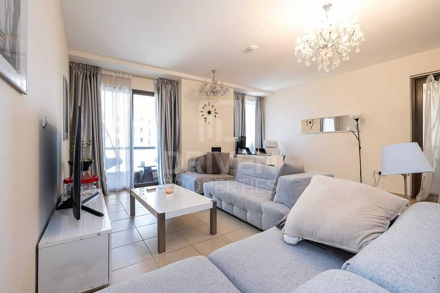 13 Elegant Apartment with Amazing Sea Views