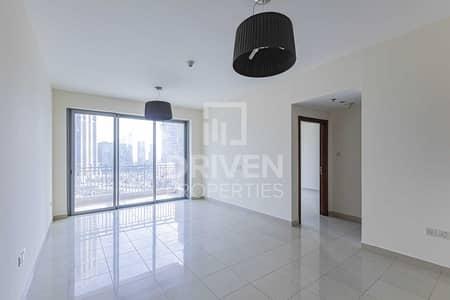 2 Bedroom Apartment for Rent in Downtown Dubai, Dubai - Beautiful Light Bright Unit | High Floor