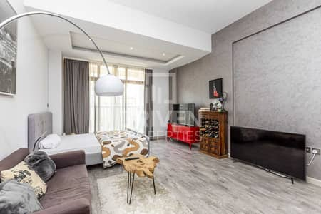 1 Bedroom Flat for Sale in Jumeirah Village Circle (JVC), Dubai - Large 1 Bed Apt plus Study Room   Vacant