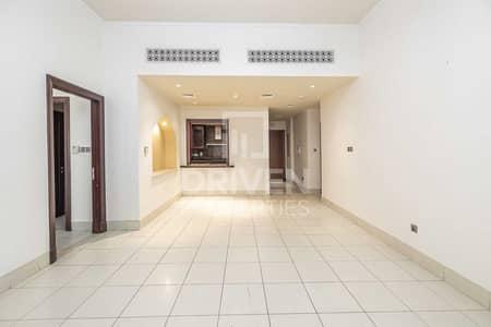 شقة 3 غرف نوم للايجار في المدينة القديمة، دبي - Bright | Spacious 3 Bed | Private Garden