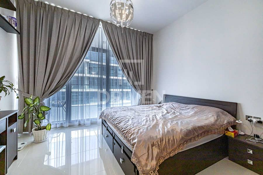 13 Spacious and Furnished Apt plus Maids Room