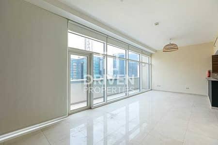 استوديو  للبيع في الخليج التجاري، دبي - Well-managed Studio Apartment