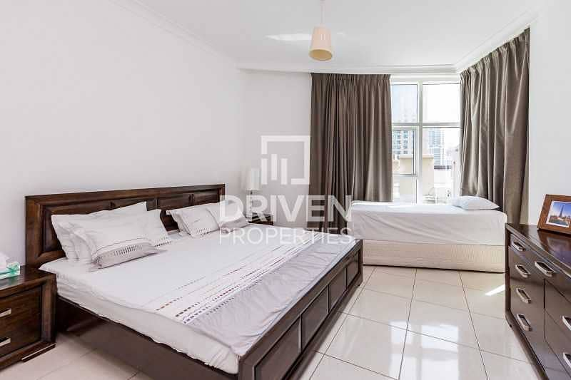 Luxurious Furnished 2 Bed plus Maids room