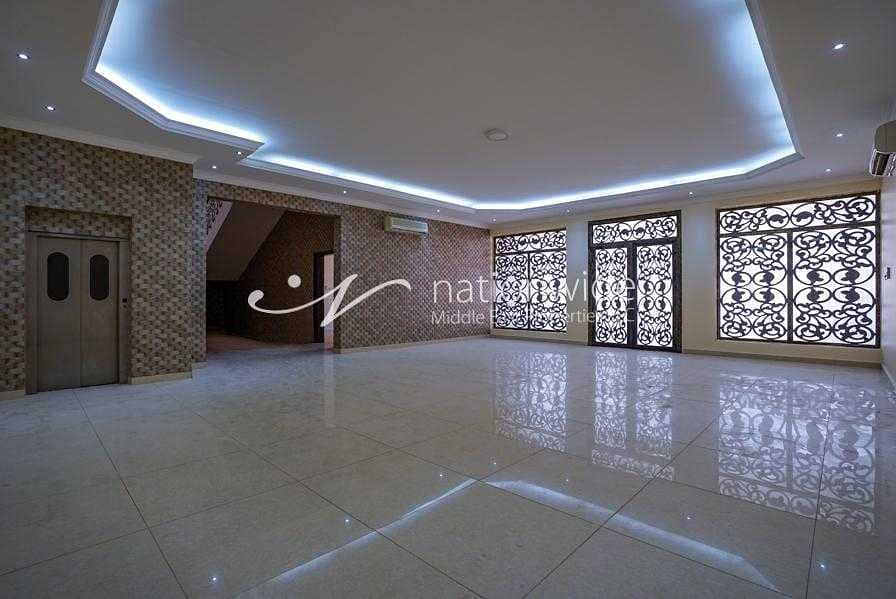 2 A very large villa with  7 bedrooms in Al sarooj  waiting for you