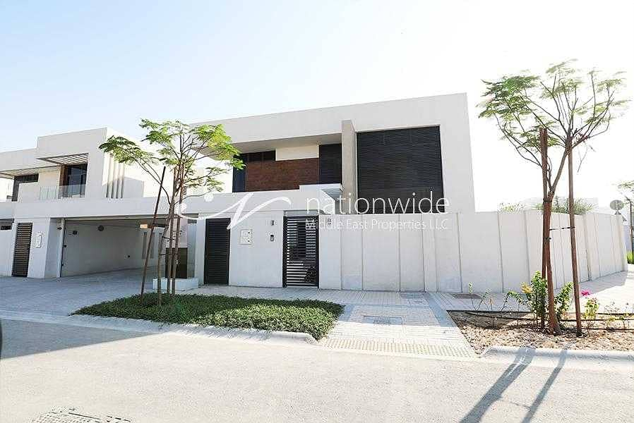Experience Modern Living In This Aesthetic Villa
