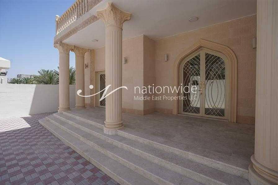 2 very large and Spacious 6 Bedroom Villa in Falaj Hazzaa