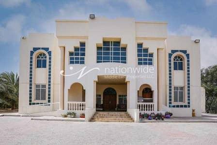 فیلا 6 غرف نوم للبيع في المرخانية، العین - spacious and luxurious villa for sale at a great price