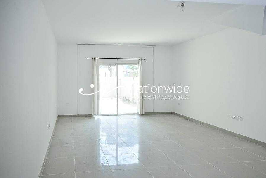 2 Good Deal! Double Row Villa Perfect For Investment