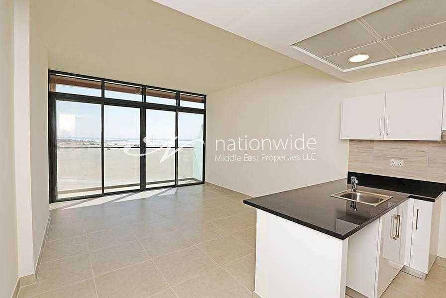Up To 3 Payments! Lavish Living In This Studio Unit