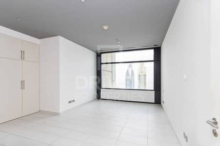 2 Bedroom Flat for Sale in DIFC, Dubai - Rare Layout and Corner Apt | 2 Balconies