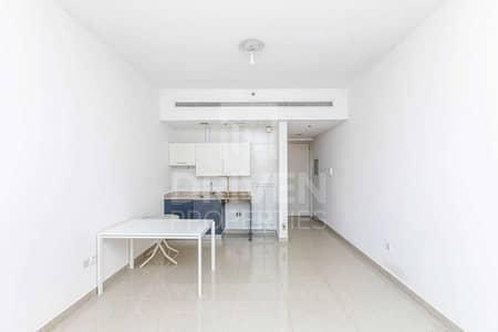 استوديو  للايجار في قرية جميرا الدائرية، دبي - Amazing Deal   Studio Apartment for Rent