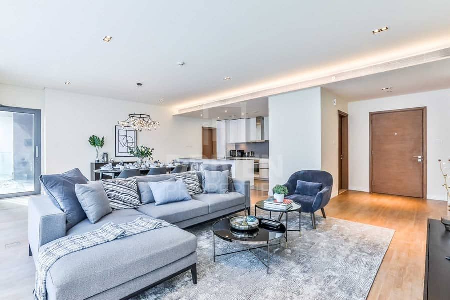 2 Bright and Furnished Apt | Boulevard View