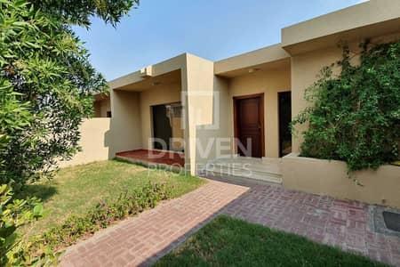 فیلا 3 غرف نوم للايجار في جميرا، دبي - Close to beach | Private Garden | Well-kept