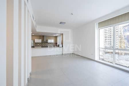 فلیٹ 3 غرف نوم للبيع في الخليج التجاري، دبي - Investor Deal | Maid's Room | Pool Views
