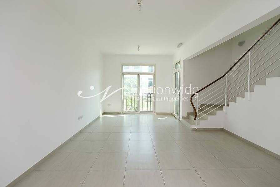 2 Charming and Peaceful Home With Spacious Layout