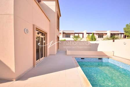 5 Bedroom Flat for Rent in Al Raha Golf Gardens, Abu Dhabi - A Beautiful And Modern Family Home With Pool