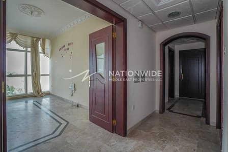 فلیٹ 2 غرفة نوم للايجار في الجاهلي، العین - Most Spacious 2 BR unit - high quality in town centre