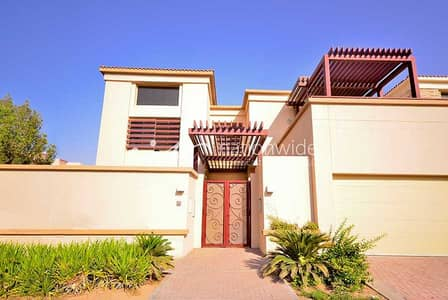 5 Bedroom Villa for Rent in Al Raha Golf Gardens, Abu Dhabi - A Classic Home with Private Pool and Garden