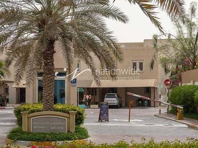 فیلا 2 غرفة نوم للبيع في الريف، أبوظبي - A Sophisticated Double Row Desert Style Villa
