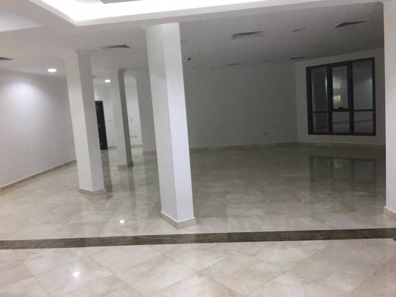 2 A Perfect Commercial Villa with Elevator
