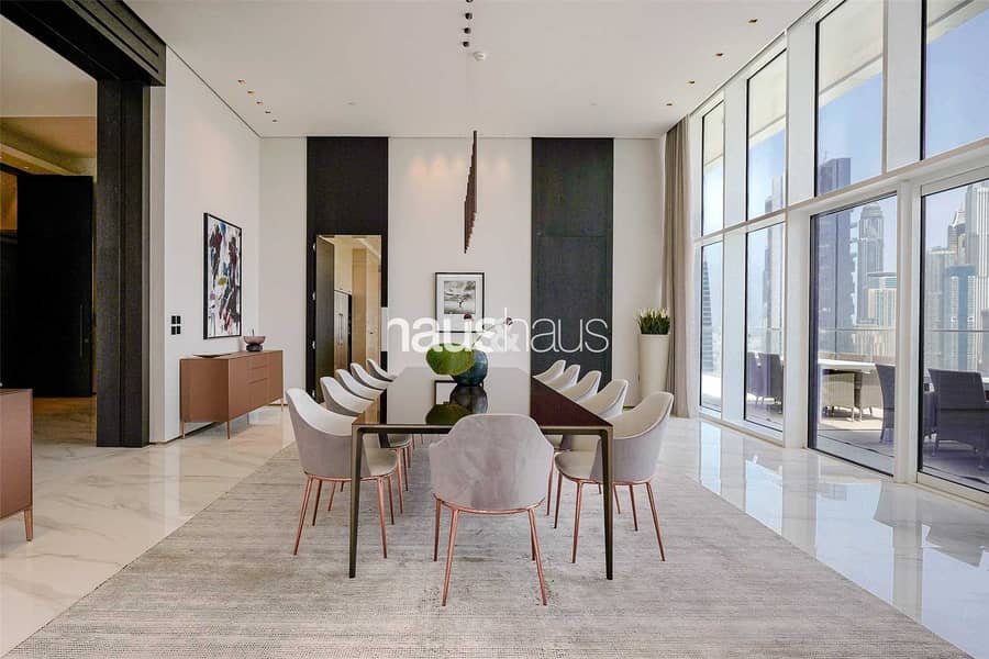 2 432 sq. ft | Private pool terrace