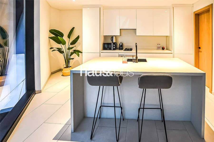 2 Exclusive | Contemporary 1BR Furnished
