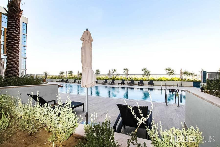 2 Large Double Bedrooms | Balcony | Pool & Gym