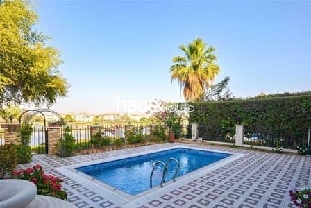 4 Bedroom Villa for Sale in Jumeirah Islands, Dubai - Genuine Listing | Full Lake View | Garden Hall