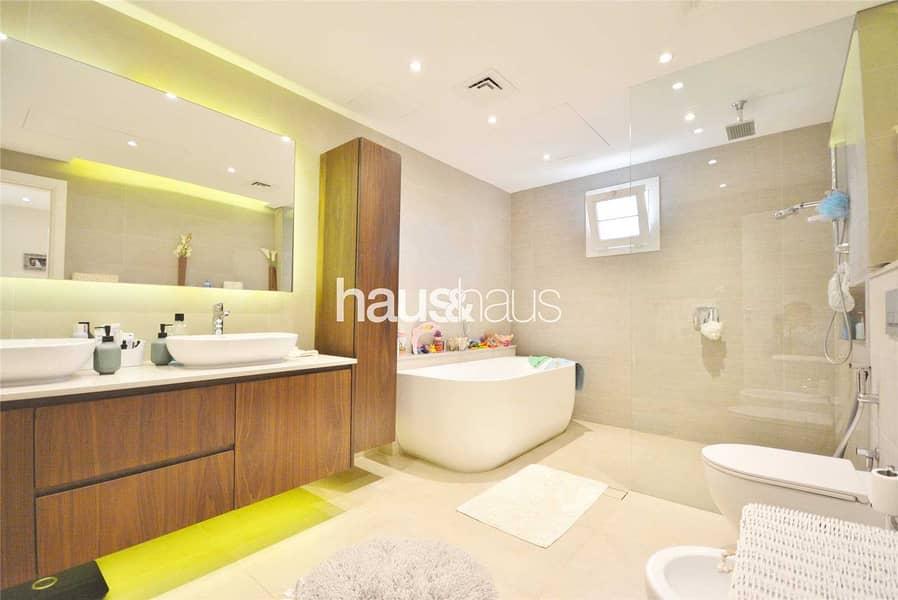 2 Superb upgrades | 4 bedrooms | VOT